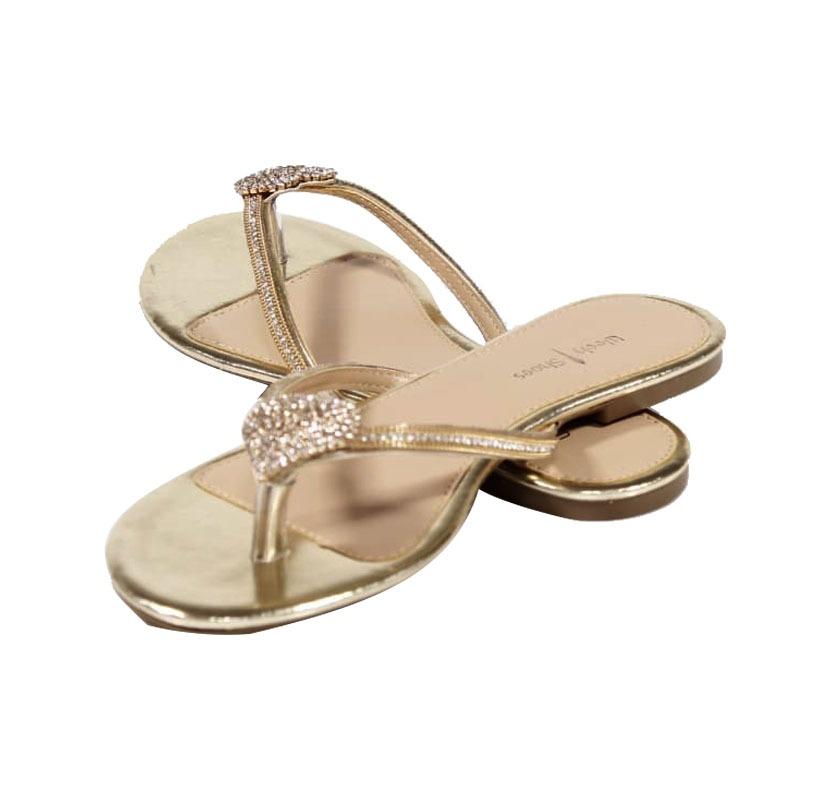 6a3e7e6beb Rasteirinha Dourada – Week Shoes  Curtindo o calor com estilo e ...