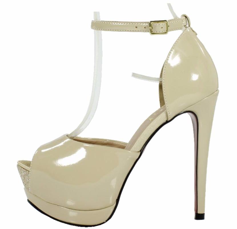 28cdd4320 Sandália Salto Alto Meia Pata – Week Shoes  É confiável