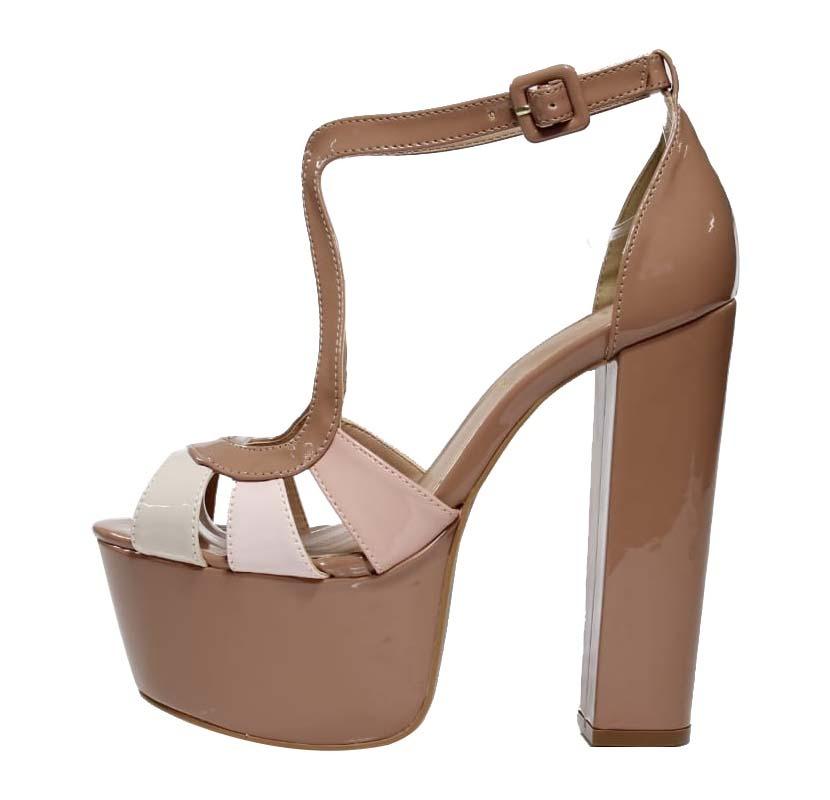 80b56f9b8d Sandália Salto Grosso Meia Pata Nude - Week Shoes  É confiável