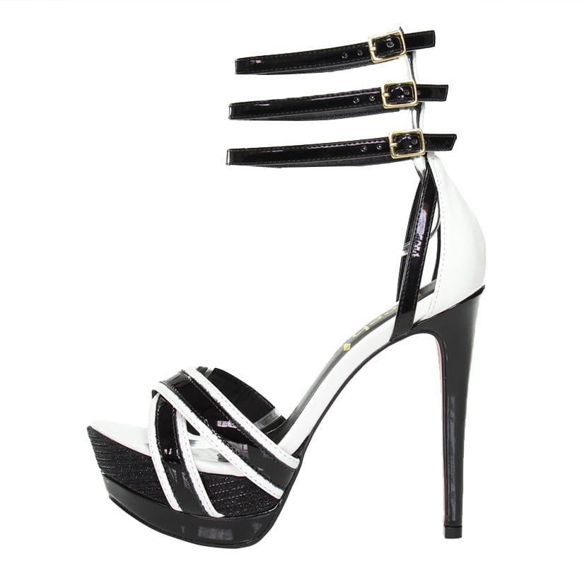 157271c01 Sandália Meia Pata Preta e Branca – Week Shoes: Será que vale a pena?