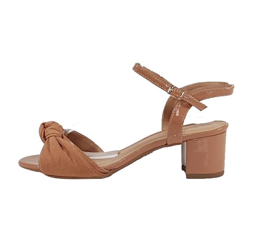 dcde5ba077 Minimalista Nude – Week Shoes  Quanto mais simples
