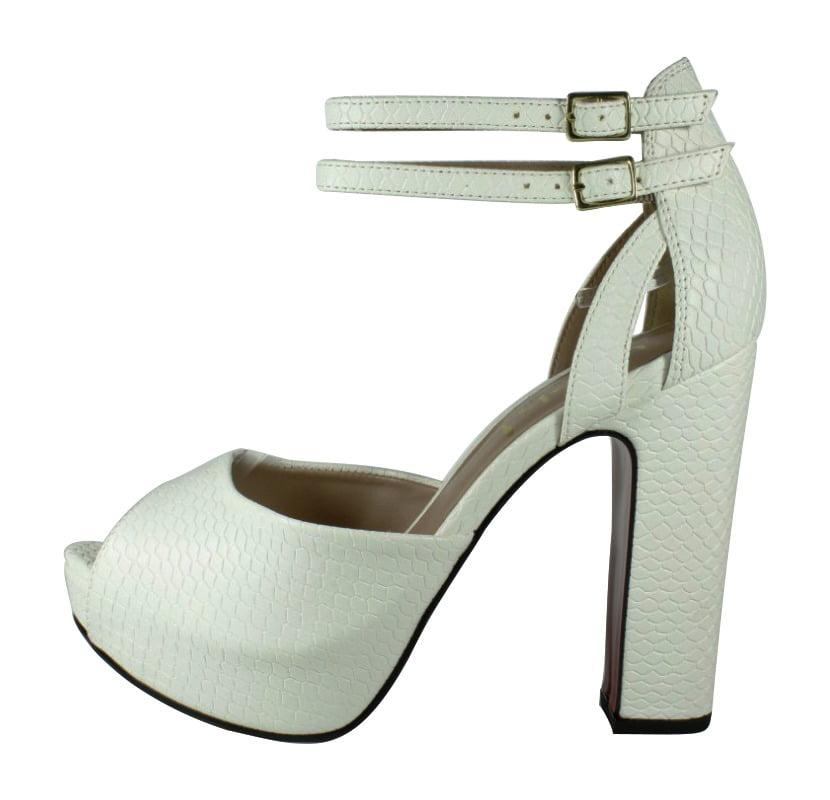 81d63da68 Sandália Meia Pata Branco – Week Shoes  Será que vale a pena