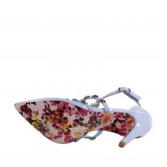 e3d150f7df Scarpin Salto Alto Valentino Azul – Week Shoes  Conforto e estilo ...