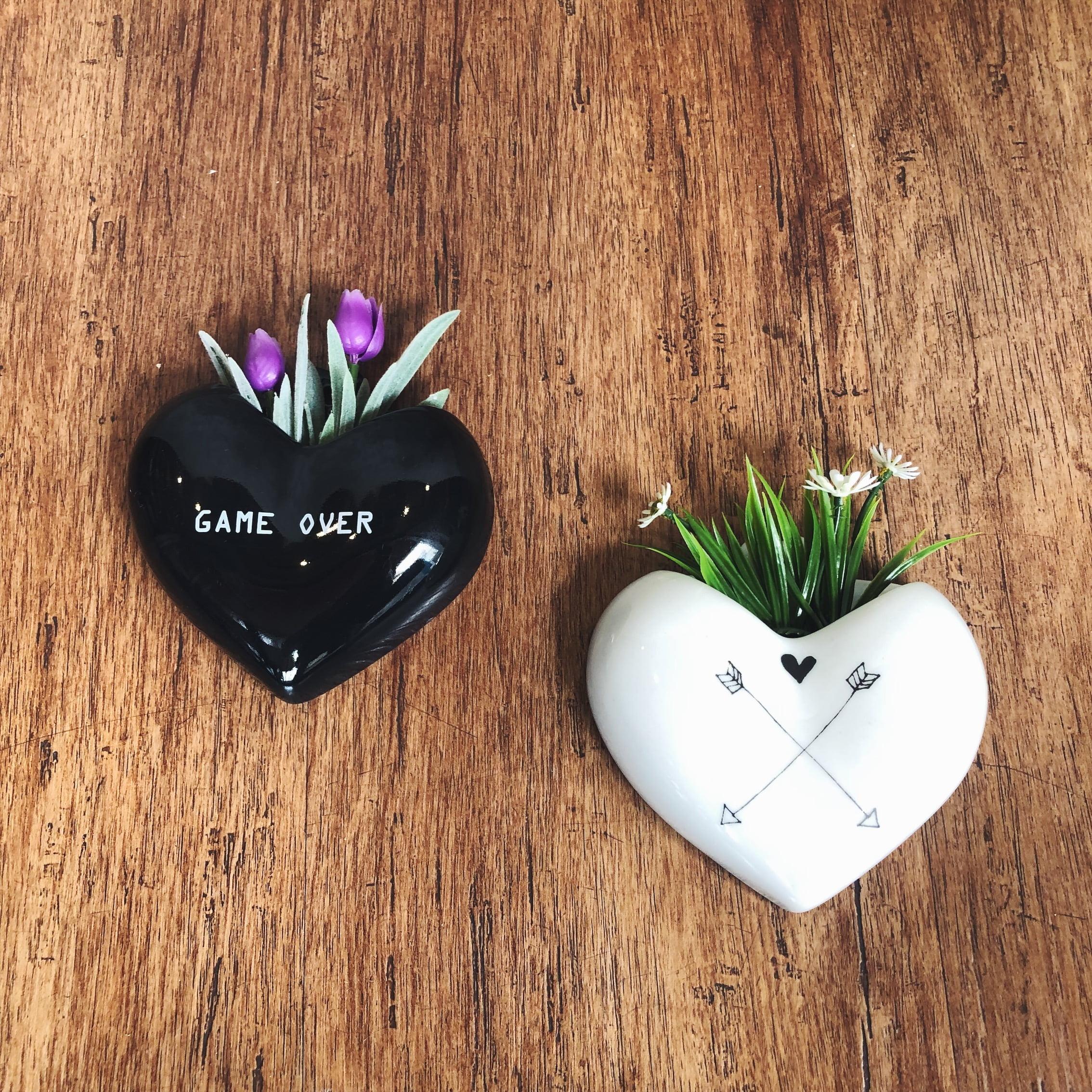vaso parede preto coração