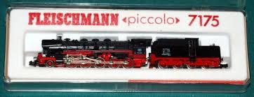 Locomotiva GP18