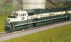 Locomotiva Dash 8-39B